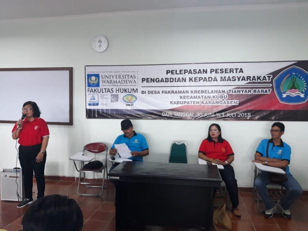 Fakultas Hukum Universitas Warmadewa mengadakan pengabdian ke Desa Karebelahan Tianyar Barat Karangasem