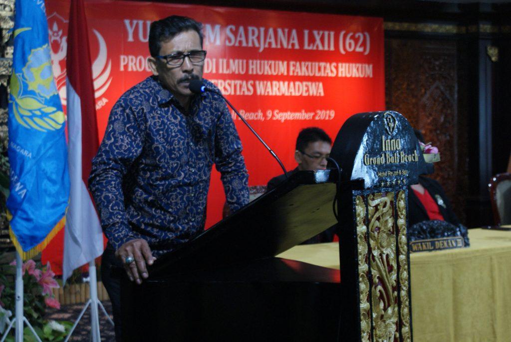 Dalam kesan dan pesan perwakilan orang tua Yidisiawan/Yudisiawati Drs. Made Subur, M.Hum., menyampaikan rasa bangga atas keberhasilan anak kami dalam menyelesaikan studi di FH UNWAR.