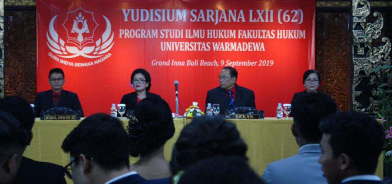 52 MAHASISWA IKUTI YUDISIUM LXII (62) FH UNWAR TAHUN 2019