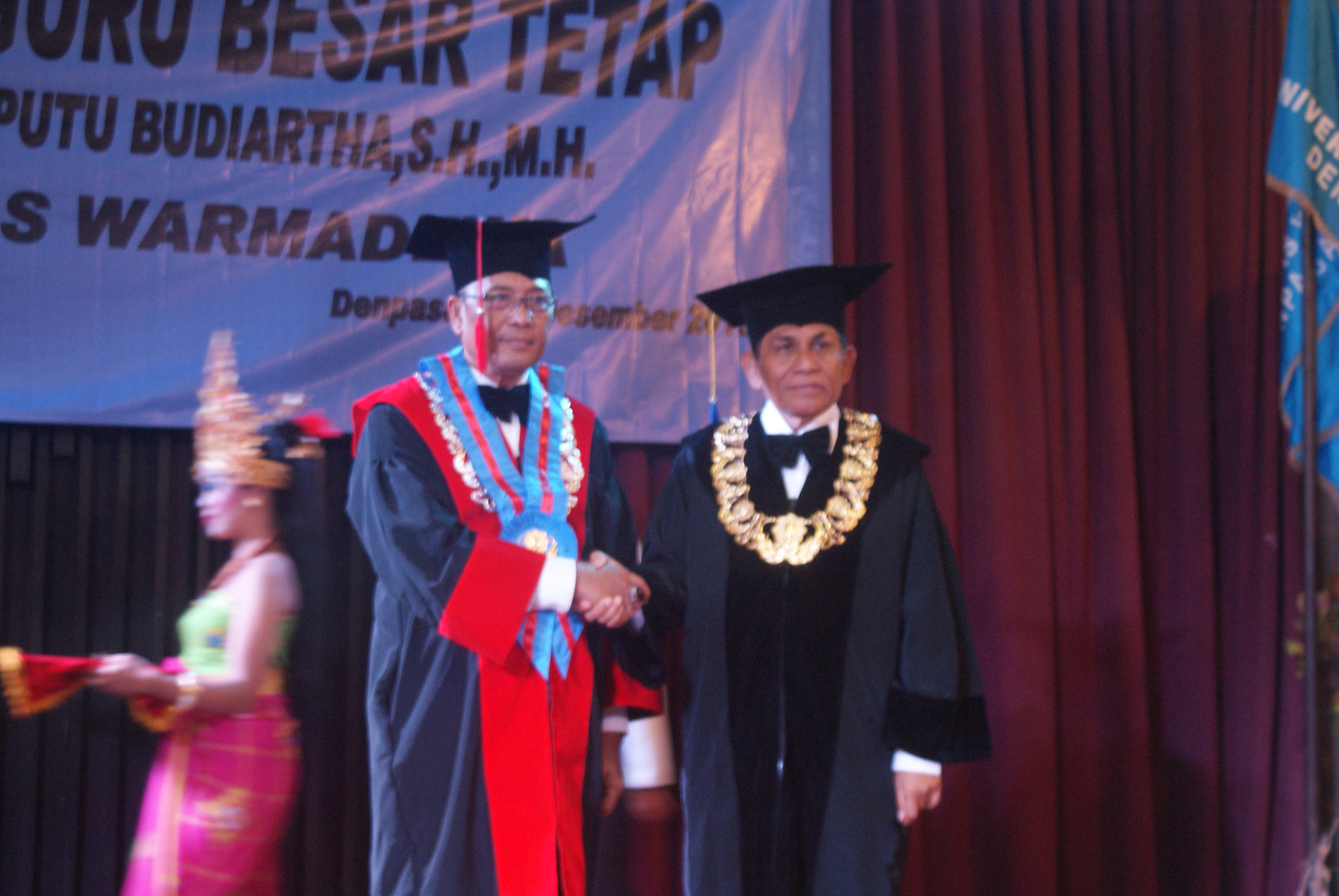 Prof. Dr. I Nyoman Putu Budiartha, SH.,MH. dikukuhkan menjadi Guru Besar Tetap bidang Ilmu Hukum FH Unwar