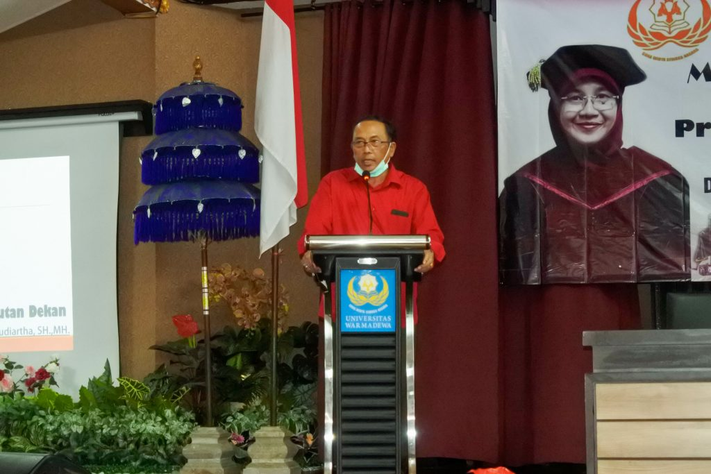 Kuliah Umum di buka oleh Bapak Dekan Fakultas Hukum Universitas Warmadewa Prof. Dr. I Nyoman Putu Budiartha, SH.,MH.